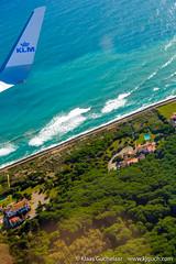 DSCF3631 (Klaas / KJGuch.com) Tags: trip travel traveling flight flying klm airborne inflight outandabout xpro2 fujifilm fujifilmxpro2 wave waves coast coastline mar elmar