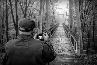 Lee, shooting the bridge....