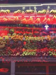 fresh fruits (meeeeeeeeeel) Tags: fruits frutas mercado market sacolão cotidiano everyday surreal crazy iphoneography red rosso rojo vermelho