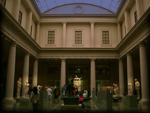 "Museo Metropolitano de Arte  Nueva York, EUA • <a style=""font-size:0.8em;"" href=""http://www.flickr.com/photos/30735181@N00/25025855468/"" target=""_blank"">View on Flickr</a>"