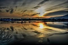 Tramonto (giannipiras555) Tags: sole nuvole panorama landscape riflessi