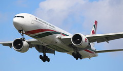 Biman Bangladesh Airlines Boeing 777-300 (AMSfreak17) Tags: amsfreak17 danny de soet canon 70d lhr egll london heathrow airport luchthaven vliegtuigen vliegtuig aircraft airplane jet jetphotos planespotting luchtvaart vertrek aankomst departure arrival spotter planes world of airplanes united kingdom great britain europe landing approach runway 27r 09l biman bangladesh airlines boeing 777300 777 s2afp