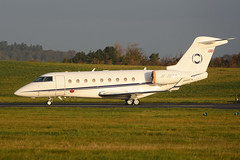 M-INTY Gulfstream 280 EGPH 09-11-17 (MarkP51) Tags: minty gulfstream 280 bizjet corporatejet edinburgh airport edi egph scotland aviation aircraft airliner airplane plane image markp51 nikon d7200 sunshine sunny aviationphotography