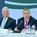 Orbán Viktor miniszterelnök beszédet mond a Magyar Állandó Értekezlet (Máért) XVI. plenáris ülésén a fővárosi Várkert Bazárban 2017. november 10-én. Mellette Semjén Zsolt nemzetpolitikáért felelős miniszterelnök-helyettes, a KDNP elnöke