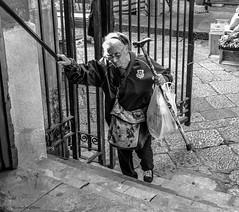 Salite ripide (alessandrochiolo) Tags: sicilia siciliabedda street streetphoto sicily sky streetphotografy fujix30 fuji fujifilm biancoenero bw bn blackandwhite streetphotography