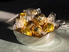 Chocolat.... (westrail) Tags: schokolade chocolat lindor lindt schweiz swiss switzerland nikon nikkor d800 dslr f14 digicam digitalkamerasigma 50 lens objektiv fotograf photographer andreasberdan omot youmademyday europa europe österreich austria sigmaart