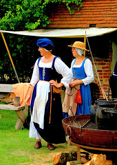 Tudor Life at Kentwell Hall 1600, June 2017, Suffolk, England (Manfred 960) Tags: kentwellhall tudors suffolk england tudorrecreation tudorlife longmelford lifeintudortimes tudortimes reenactment historic costume kentwell tudor canon recreation livinghistory tudorhistory tudorliferecreation tudorreenactment tudorlifeatkentwellhall historical historicalreenactment historicalrecreation historicalreenactments history tudorcostumes costumes historiccostumes kentwell2017 2017 16thcentury tudorlifeatkentwell 1600