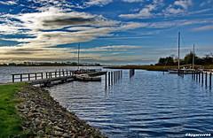 Hafen (garzer06) Tags: wolken deutschland hafen hafenanlage boote blau weis grün mecklenburgvorpommern steine bootssteg vorpommernrügen meer wellen inselrügen vorpommern insel naturephotography rügen
