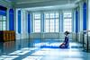 Moment de lumière (michelgroleau) Tags: lumière light ombre shadow bleu blue danse dance échauffement warmup fenêtre window zen cool relaxation concentration relax inspiring inspirant inspiration reflexion
