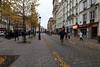 L'automne à Saint Paul (flaminia cuffari) Tags: paris rue street autumn leaves orange contrast wideangle 7dwf marais ivearrondissement canon eos80d 1018mm city