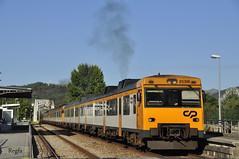 Caminha (REGFA251013) Tags: 592 comboios de portugal caminha espanha españa tren train automotor motora alugado renfe
