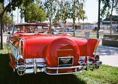 The Port of Los Angeles Presents Cars and Stripes Forever San Pedro, Ca. USA 2017 (Kodak Ektar 100) (JCD Images) Tags: carsandstripesforever portoflosangeles classiccars lowriders exoticcars losangeles sanpedro southbay california autoshow carshow 2017 cars autos automobile street autocarclub chrome rims custompaint voigtlander bessar3m nokton 40mm f14 singlecoated kodak ektar 100 film rangefinder 35mm scanned prolab