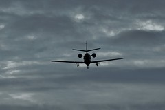 CESSNA CITATION DESCENDING INTO NEWCASTLE AIRPORT (toowoomba surfer) Tags: bizjet businessjet jet aeroplane aircraft aviation ncl egnt