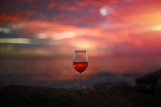 Red Red Wine �Red Red Sky 🌅
