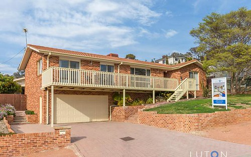 6 Phillipson Crescent, Calwell ACT