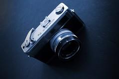 Blue-Matic (rolandmks7) Tags: sonynex5n minolta himatic 7s camera