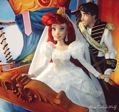 ** Disney Designer Fairytale Wedding OOAK Dolls Ariel and Eric ** (NєωSαℓємWσℓƒ ♛) Tags: eric ariel dolls limited disney store little mermaid ooak custom wedding designer movie