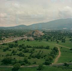 Pyramid of the Moon (marykatharinepayne1) Tags: teotihuacan pyramid 120mm film hasselblad