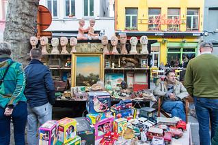 Bij Sint-Jacobs second hand market