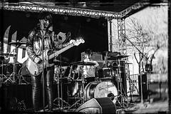mesa music fest 09969 (m.r. nelson) Tags: mesamusicfest 2017 mesa az arizona southwest usa mrnelson marknelson markinaz blackwhite bw monochrome blackandwhite bwartphotography portraits peoplemesamusicfestivalmesa2017