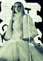 Poppy 10/06/2017 #12 (jus10h) Tags: poppy thatpoppy computer poppycomputer youtube youtubespace space la losangeles california studios playavista live music concert private show event performance gig promo showcase subscriber subscribers female singer young followers titanic sinclair pop video nikon d610 2017 october justinhiguchi