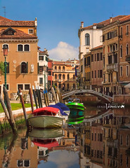 venice (Albert Photo) Tags: italy venice grandcanal piazzasanmarco stmarkssquare gondola palazzoducalewater reflection europe boat oldtown traditional boatman transportation propelled gondolier tourists river water building architecture
