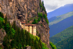 Sümela Manastırı (Sumela Monastery) (Talip Çetin) Tags: sümela manastırı ortodoks mela panagia klise kompleksi trabzon maçka altındere vadisi milli parkı kara tepe church monastery religious complex national inanç religion turkey türkiye turquie türkei turkish turquia 土耳其 トルコ تركيا nature doğa orman ağaç forest tree manzara landscape architecture crag dağ mountain hill uçurum cliff anadolu anatolia mountainside rock formation field grassland theotokos sumela valley slopes yamaçları grass greek orthodox