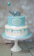 Elephant Holding Balloon Cake (toertlifee) Tags: törtlifee girlande garland elephant elefant ballon balloon blue blau boy junge gender kindertorte happybirthday torte cake kids geburtstag birthdaycake geburtstagstorte baby