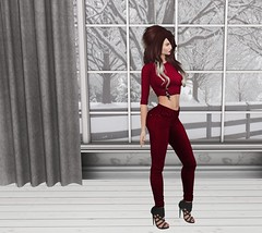 Sn@tch Specials Nov 29 1 (Treycee Melody) Tags: sntch specials top pants jeans hair fashion style colorhuds secondlife womens