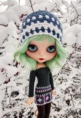 ❄💜💙💚💙💜❄ Have a wonderful weekend! #blythe #customblythe #customdoll #doll #crochetdollclothes #crochet #grannysquare (Dolliina) Tags: crochet grannysquare crochetdollclothes customdoll blythe customblythe doll