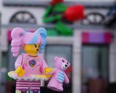 Lego N-pop cupcake girl.... 💗 (Legoliscious) Tags: pink cute sweet girly cupcake cake lego legography minifig minifigs minifigure legominifigure macro teddybear candy smile ninjago legoninjago movie happy doll toy toys legoland legos baking frost