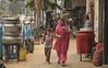 (Flora Eiffel) Tags: india inde girl street rue calcutta kolkata canon80d canon 80d