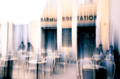 Somewhere in the old city of Nice (French Riviera) (Chris, photographe de Nice (French Riviera)) Tags: streetphotography bar terrasse café coffee nice photographiederue photographiecontemporaine contemporaryphotography contemporaryart modernart frenchriviera