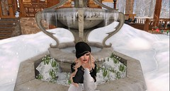 Let It Snow... Let It Snow.. (savrainsings) Tags: besom catwa reign blueberry