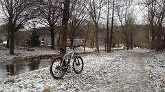 Runde um den Block (twinni) Tags: mw1504 10122017 bike biketour salzburg austria österreich flachgau winter schnee winterbike winterradl 20 bergziege
