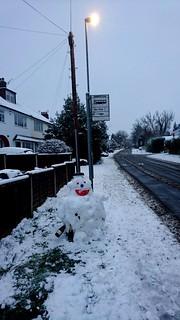 Snowman waiting for a Bus 🚌