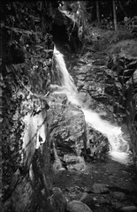 Busy Waterfall (Meleager) Tags: new hampshire ansco viking billy record 6x9 medium format film bw black white ilford fp4 iso125
