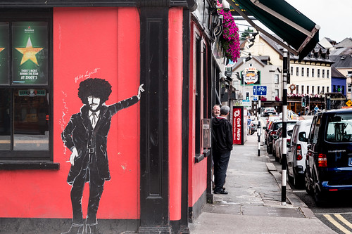 EXAMPLES OF STREET ART IN CORK CITY [PHOTOGRAPHED 2017]-133906