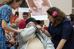 Deiwert, William (Floyd) - 25 Gold (indyhonorflight) Tags: ihf indyhonorflight 25 homecoming sarahmottercrail kissing