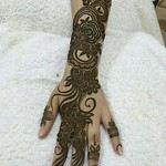 Back hand mehndi design pictures for party thumbnail