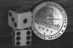 Monte Carlo game piece (Hylas) Tags: blackandwhite dice macro canon7dmarkii canonef100mmf28lisusmmacro memberschoicegamesorgamepieces