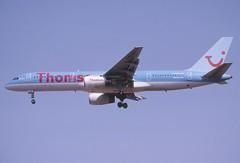 367ax - Thomson Airways Boeing 757-204; G-BYAN@PMI;08.08.2005 (Aero Icarus) Tags: palmademallorca pmi slidescan plane avion aircraft flugzeug thomsonairways boeing757 gbyan