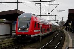 P1410981 (Lumixfan68) Tags: eisenbahn züge wendezüge steuerwagen doppelstocksteuerwagen dbpbzfa 766 bombardier deutsche bahn db regio sbahn dresden
