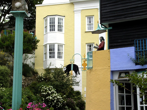 038 THE VILLAGE PORTMEIRION