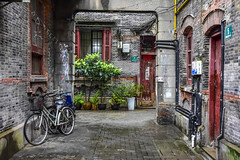 lilong (philippe*) Tags: shanghai lilong street urban