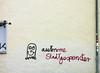 autonome Stadtgespenster (sulamith.sallmann) Tags: art berlin berlinmitte culture deutschland europa germany gespenst kunst kunstimöffentlichenraum kunstwerk mitte schrift signs streetart typo typografie typography wedding writing zeichen deu sulamithsallmann
