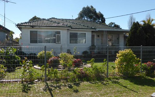 23 Clarence St, Canley Heights NSW 2166