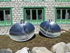 P1130213 Solar heaters with boilng water kettles in Pangboche (ks_bluechip) Tags: tengboche pangboche shomare orsho dingboche everest lhotse nuptse amadablam