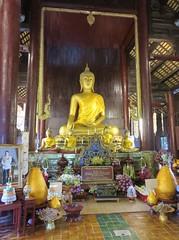 Wat Phan Tao (Chiang Mai, Thailand) (courthouselover) Tags: thailand เมืองไทย mueangthai ประเทศไทย prathetthai siam สยาม kingdomofthailand ราชอาณาจักรไทย ratchaanachakthai chiangmai เชียงใหม่ เทศบาลนครเชียงใหม่ chiangmaiprovince จังหวัดเชียงใหม่ asia southeastasia associationofsoutheastasiannations asean အရှေ့တောင်အာရှနိုင်ငံများအသင်း samahanngmgabansasatimogsilangangasya perhimpunanbangsabangsaasiatenggara សមាគមប្រជាជាតិអាស៊ីអាគ្នេយ៍ ສະມາຄົມປະຊາຊາດແຫ່ງອາຊີຕະເວັນອອກສຽງໃຕ້ persatuannegaraasiatenggara 东南亚国家联盟 தென்கிழக்காசியநாடுகளின்கூட்டமைப்பு สมาคมประชาชาติแห่งเอเชียตะวันออกเฉียงใต้ hiệphộicácquốcgiađôngnamá