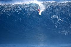 IMG_5874 copy (Aaron Lynton) Tags: canon 7d sigma peahi jaws surf xxl bigwave big wave maui hawaii peahichallenge challenge 2017 peahichallenge2017 lyntonproductions lynton
